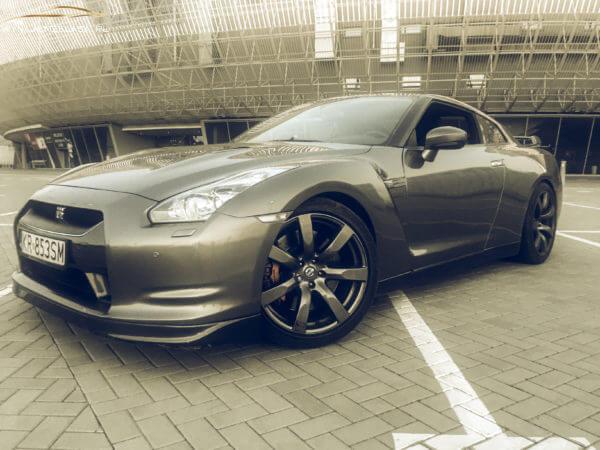 Nissan GTR  3.0 V6 Bi TURBO 650 KM
