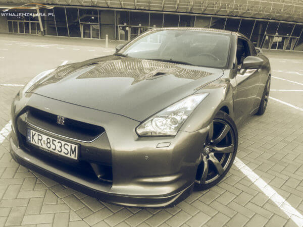 Nissan GT-R 3.0 V6 BiTurbo 650HP